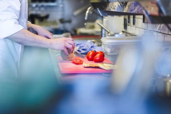 Hold bakterier unna med riktig nedkjøling av maten